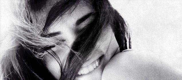 Namore uma mulher que sorria. | The Love Code
