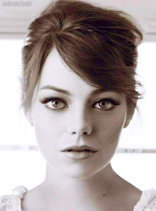 I thought I already pinned her... guess not.  I seriously will probably always love this lady.  Funny, beautiful, crazy.  Emma Stone
