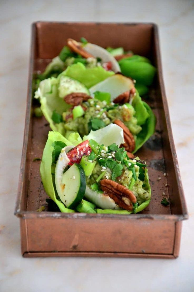 Easy Vegetarian Lettuce Wraps with Guacamole