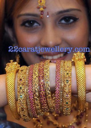 Jewellery Designs: Bridal Bangles Set(uncut diamond,ruby,gold)