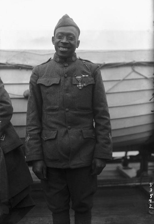 "Historical Times- Private Henry ""Black Death"" Johnson in 1916, finally given the Medal of Freedom for heroism in WWI"