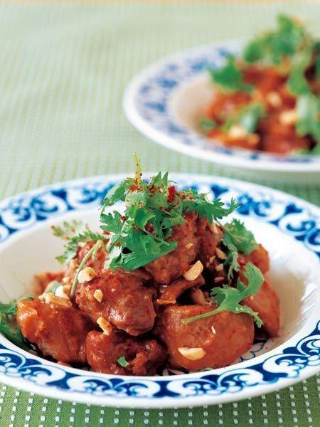 ピリ辛味とピーナッツバターのこってり風味が、インドネシアっぽい味わい|『ELLE a table』はおしゃれで簡単なレシピが満載!