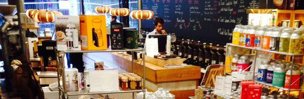 corica - Wanneer je houdt van een heerlijke koffie, is deze ambachtelijke koffiebranderij iets voor jou. De professionele barista's helpen jou een keuze te maken uit het uitgebreide gamma.