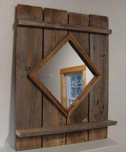 Amazing DIY Pallet Mirror Frame   Pallets Designs
