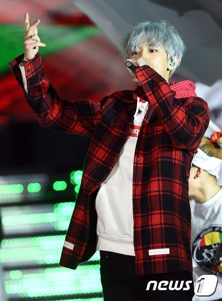 Chanyeol Rapping at Dream Concert 2015