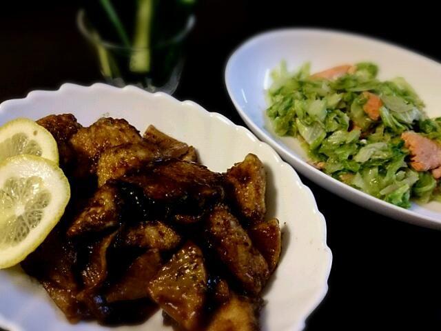 むね肉しかなかったので(;・ω・)そんでもって中途半端に余ってた大根も入れて、、、違う料理になっちゃった?でもすっごい美味しかったです(о´∀`о)さすがklalaさん! - 56件のもぐもぐ - klalaさんのバルサミコで手羽中のイタリアン照り焼き⭐を鶏むね肉で! by pompom06