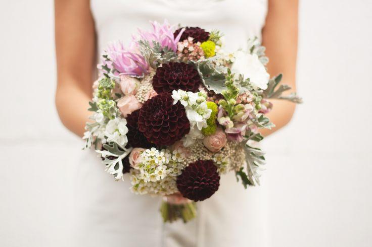 White and marsala dahlia bouquet.