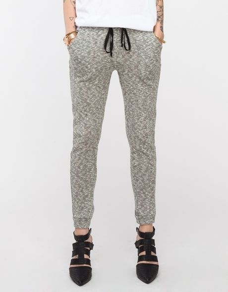 I love the idea of knitting a pair of ultra soft and cozy, marled knit sweatpants. Features slouchy, athletic-inspired styling, trousers style pockets, and elasticated cuffs and hem