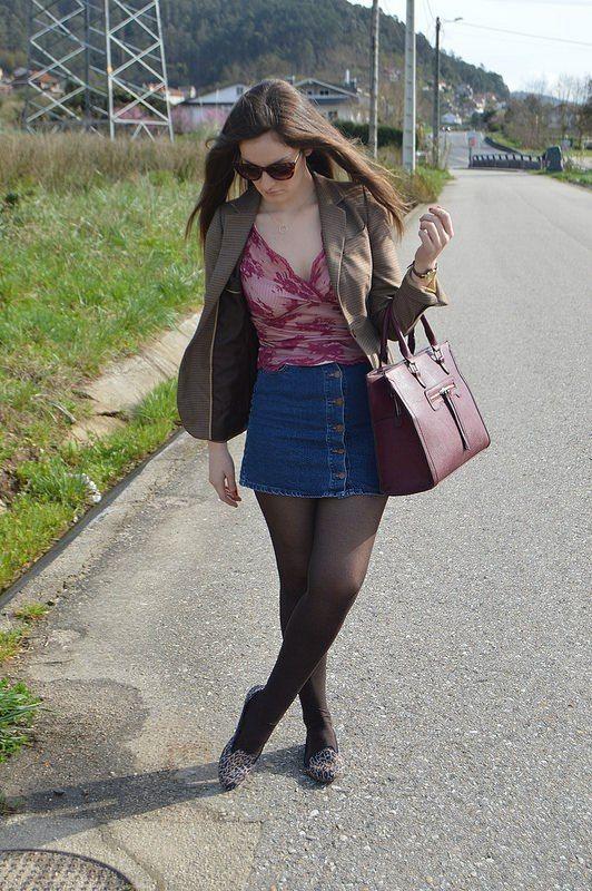 BLAZER-INGLÉS-DENIM-LOOK-LUZ-TIENE-UN-BLOG-#beautiful #cool #cute #fashion #fashionable #fashionblog #fashiondaily #fashionlove #instacool #fashiodiaries #instafashion #instastyle #like4like #followme #outfits #outfitshare #outfitshot #outfitstyle # #bloggersgallegas #styleaddict #style #spanishbloggers #lookbook  #fashionlover #fashionblogger #bloguerasgallegas