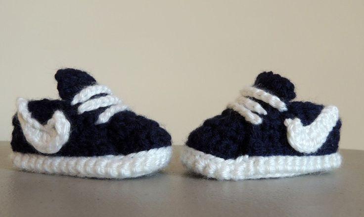 Ook zo gek op haken? De leukste baby schoentjes die je zelf kunt haken! Met gratis patronen + handleiding!
