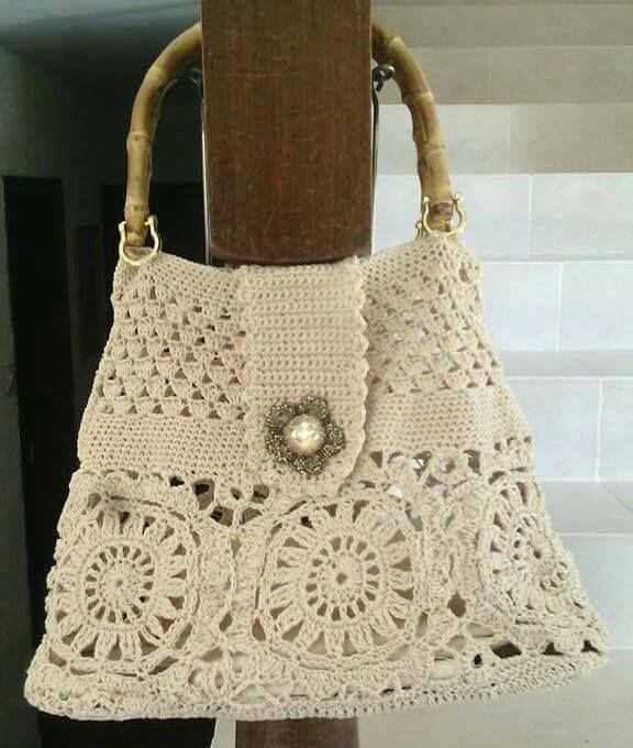 Crochet Bags Uk : about Crochet bags on Pinterest Crochet Purses, Crochet Clutch Bags ...