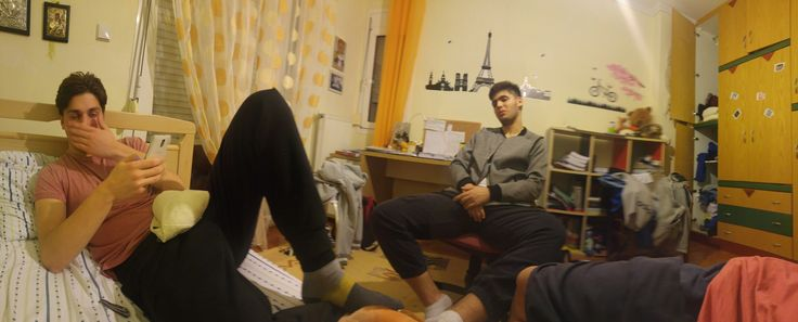 Chilling time #Bros_before_hoes