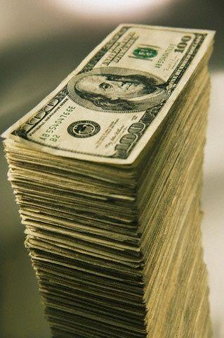 immer viel Bargeld zur Verfügung …. mehr als genug zum Teilen und Teilen.