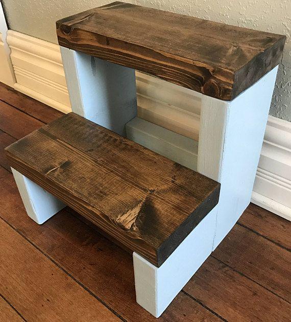 Personalized Rustic Step Stool / Rustic Kids Step Stool / Kid & Die besten 25+ Rustic kids step stools Ideen auf Pinterest ... islam-shia.org