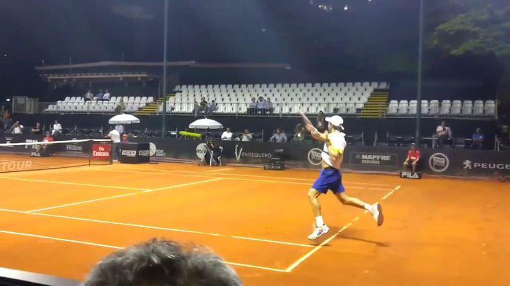 Pablo Cuevas' underhand serve