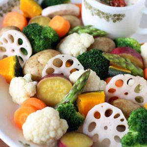 温野菜サラダ*梅マヨソース+by+のんのんさん+|+レシピブログ+-+料理ブログのレシピ満載! 夏こそ食べたい温サラダ。さっぱり梅味のソースで、苦手野菜にも挑戦!+