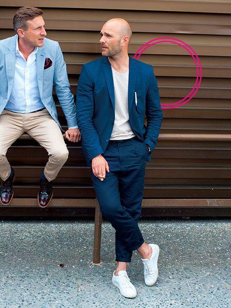 ブルー系×ホワイト系+クルーネックカットソーが好印象!01 | メンズファッションの決定版 | MEN'S CLUB(メンズクラブ)