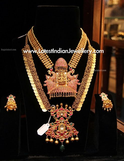 Traditional necklace design