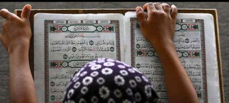 Aisyah Istri Rasulullah yang Jago Tafsir  KONFRONTASI-Aisyah binti Abu Bakar as-Shiddiq adalah istri Rasulullah SAW yang berjuluk humaira (pipi kemerah-merahan). Ia dinobatkan menjadi sosok perempuan yang ahli di bidang agama.  Namanya termasuk dalam deretan para periwayat hadis terbanyak bersanding dengan periwayat-periwayat hadis dari kalangan pria. Aisyah cuma satu-satunya dari kaum Hawa. Tak kurang dari 2.210 hadis berhasil dia riwayatkan.  Tidak hanya terkenal piawai meriwayatkan hadis…