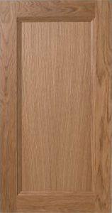Kungsäter Gårdshorn är vår romantiska seriemed klassisk profil.Ett otroligt robust lantkök med romantisk känsla som är byggt för att stå kvar i generationer. Stomme i massiv furu med vitvaxad yta eller en björklamell samt vackra trälådor i vit- eller svartvaxad furu. Finns även för badrum och förvaring.