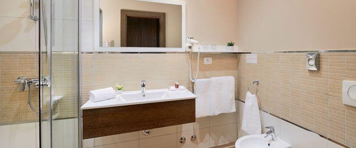 Medjugorje Hotel & spa large bathroom