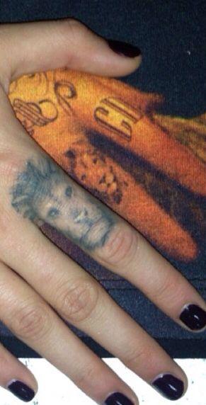 lion finger tattoo lion finger tattoos fingers see more
