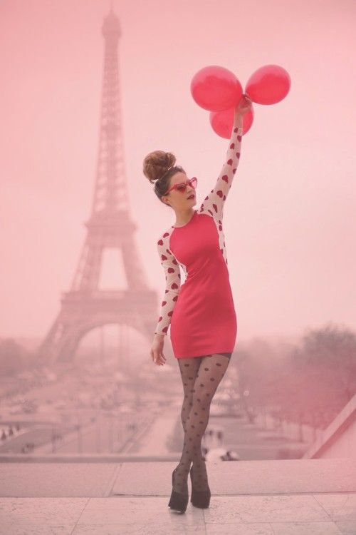 theclotheshorse:  Audrey of Frassy  The MOST magical outfit photo yet. <3