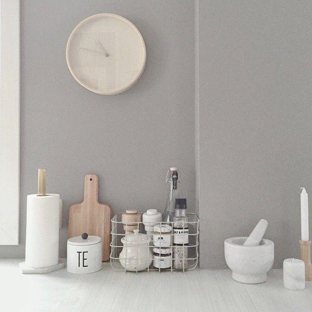 """@lillekarii's photo: """"Dingsebomser på kjøkkenbenken #kitchen #villablå…"""