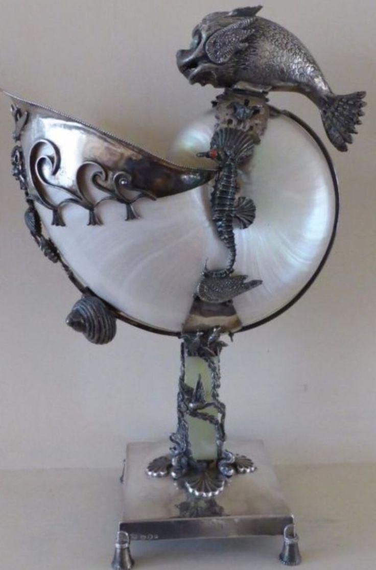 Top zilveren tafelstuk met nautilus schelp meester A.M.Winke