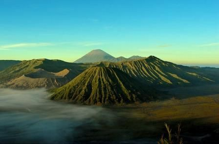 Traveluxion: Wisata Gunung Bromo Tempat Liburan Favorit di Jawa...