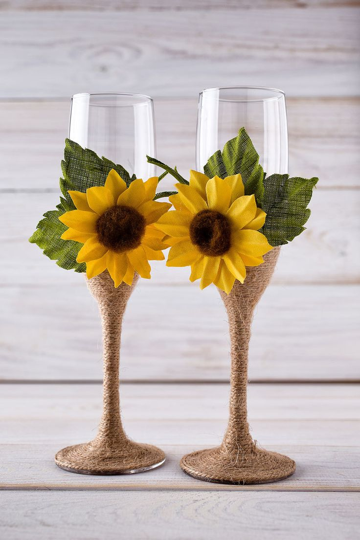 Wedding Champagne Glasses Sunflower Wedding Glasses Rustic Toasting Flutes Bride and Groom Glasses. These would be easy to make.                                                                                                                                                                                 More