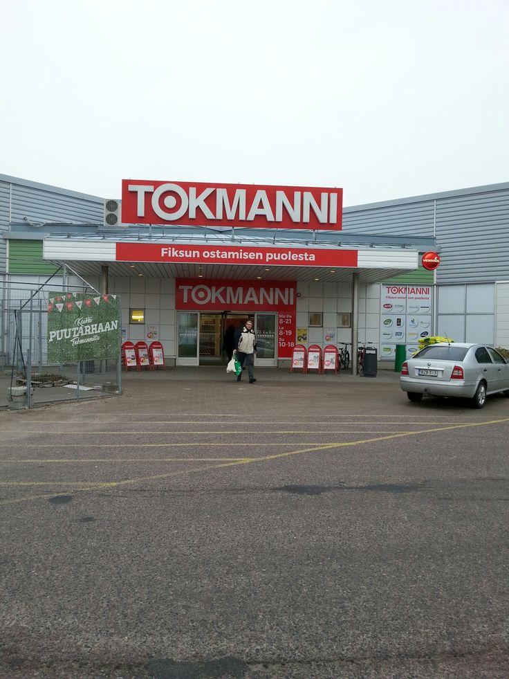 November 1  ,  2017 . Tokmanni Klaukkala . NURMIJÄRVI . FINLAND  .