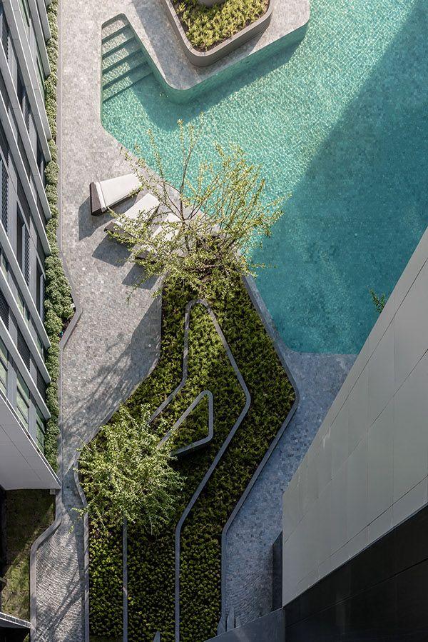 Project type: ResidentialArchtects: A49 Architects Ltd. / TROP Landscape Ltd.Client: VisavapatLocation: 788 Rama 4 Si Phraya, Bang Rak, Bangkok 10500Project Year: 2016 Photographs: Poompat Waratkiachthana