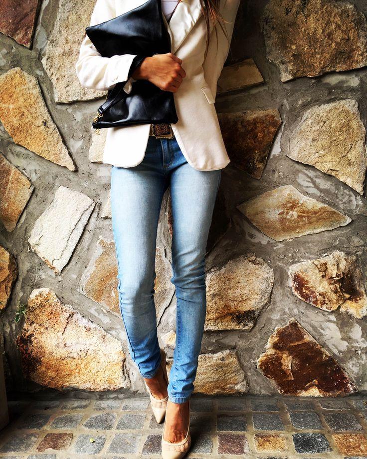 Cartera de cuero sobre.  Zapatos stilettos! Fashion Style!!!!