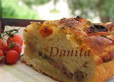 Le leccornie di Danita: Focaccia morbidissima con ripieno di salsiccia e…