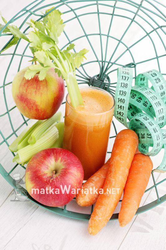 apple, carrots :) http://www.matkawariatka.net/2014/03/sok-marchwiowo-jablkowy/