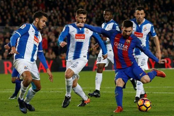 Barcelona Dekatkan Jarak dengan Madirid, Usai Gasak Espanyol di Camp Nou