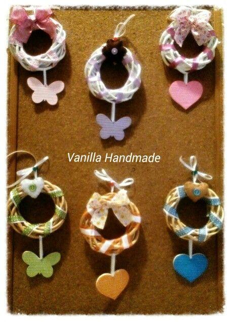 Garlands with ceramic decorations and pannolenci by Vanilla Handmade https://m.facebook.com/vanillahandmade/