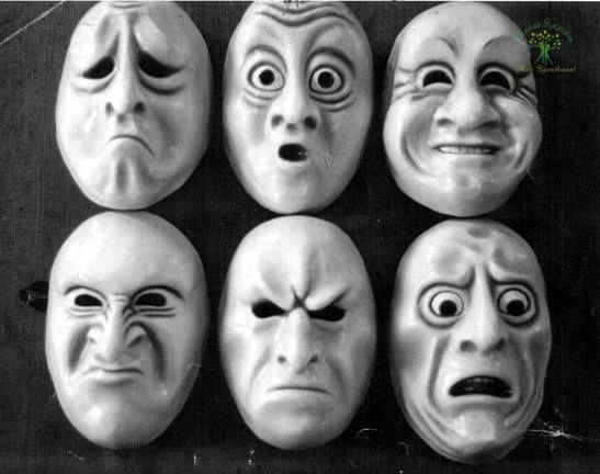 НЕГАТИВНЫЕ ЭМОЦИИ ВЫЗЫВАЮТ БОЛЕЗНИ  • Алкоголизм - чувство одиночества, бесполезности, нежелание жить, недостаток внимания и ласки. • Аллергия - неверие в собственные силы, перенесенный стресс, эмоции страха. • Апатия - сопротивление чувствам, страх, безучастное отношение других. • Апоплексический удар, припадок - бегство от семьи, от себя, от жизни. • Аппендицит - страх перед жизнью.  • Артрит, подагра - отсутствие любви со стороны окружающих, повышенная критичность к себе, чувство обиды…
