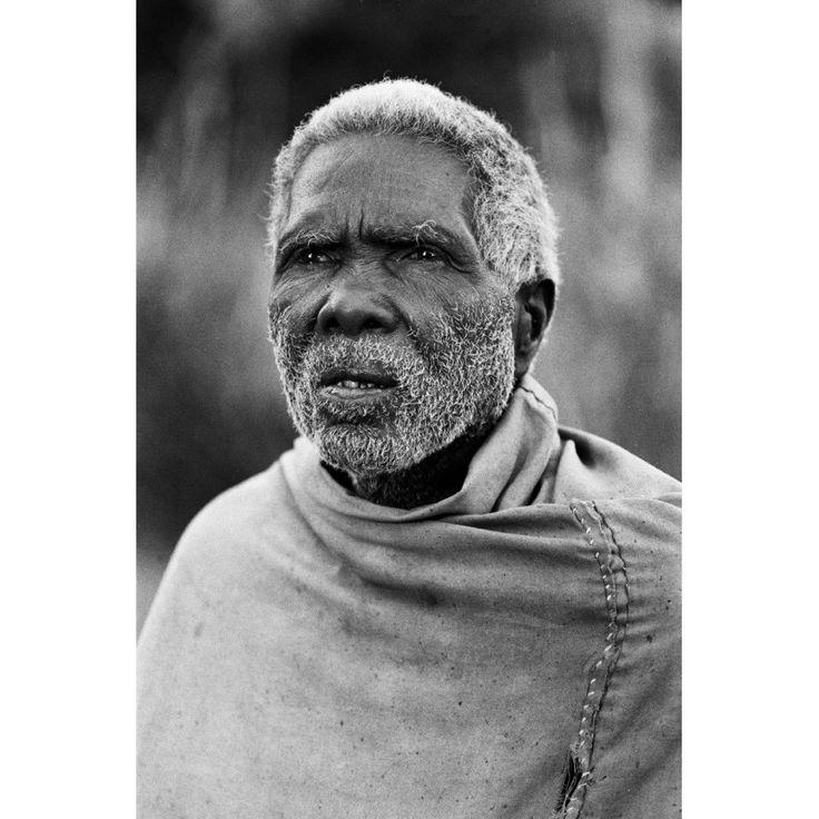 ... > History > BOOK Portraits d'insurgés - Raharimanana, Pierrot Men