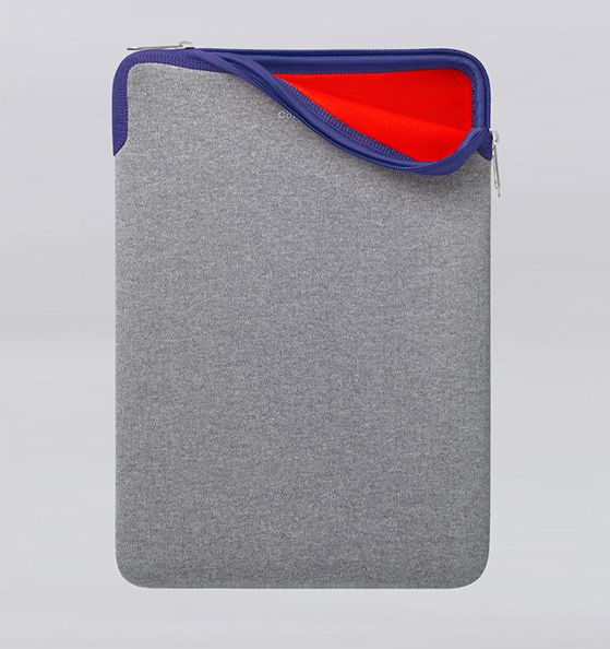 """Cote&Ciel 15"""" Macbook Pro Sleeve. Keeping your Macbook Pro safe in style."""
