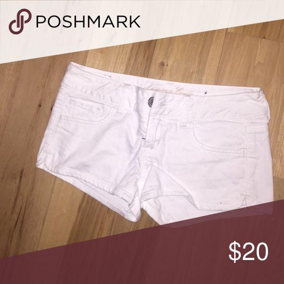 White Jean shorts American eagle white Jean shorts! Size 0 American Eagle Outfitters Shorts Jean Shorts