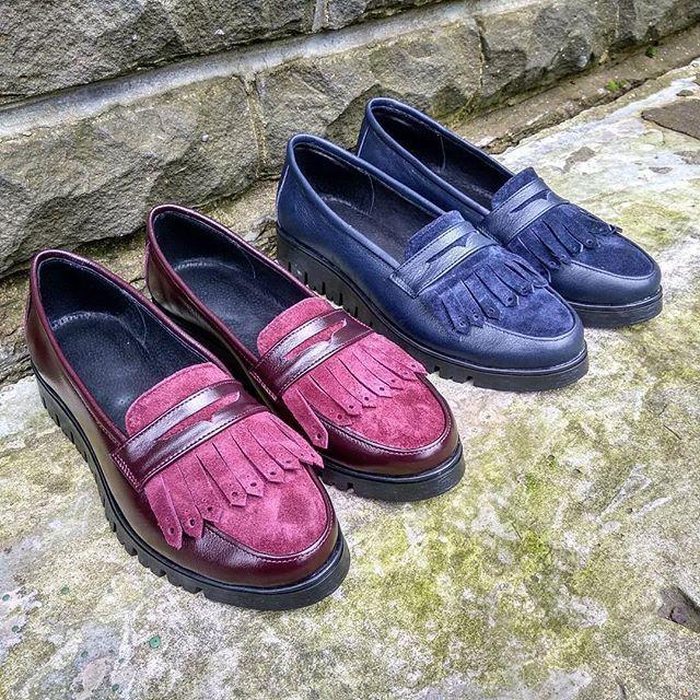 ☝️Лоферы - это базовая модель, которую легко сочетать как с офисным, так и с повседневным луком! 💝 🎨А яркие цвета подчеркнут Вашу индивидуальность!  #обувь #обувьручнойработы #обувьназаказ #обувьнаосень #женскаяобувь #натуральнаякожа #ботинки #женскиеботинки #стиль #мода #лайк #sole_rossesole_rosse