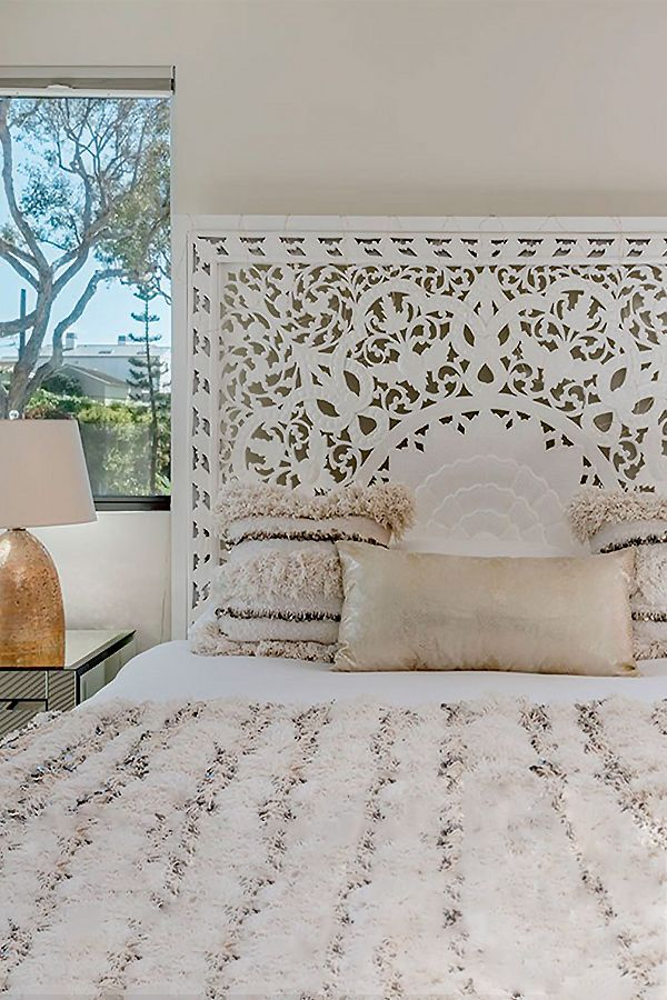 King Size Bed Headboard With Images King Size Bed Headboard Bed Headboard Design Headboards For Beds