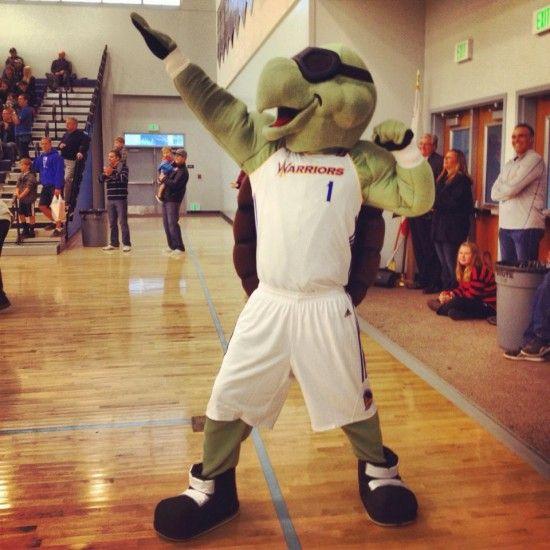 Santa Cruz Warriors Mav'Riks @Santa Cruz Warriors @grindouthunger