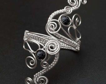 Brazalete plata o brazalete pulsera, parte superior del brazo la pulsera, plata plateada alambre de cobre brazo brazalete, negro ágata armcuff - hecho por encargo-