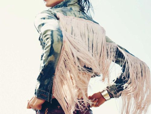Fringe, Acid Wash Jean Jacket. It's like an  Angel // BIZOUxx.com
