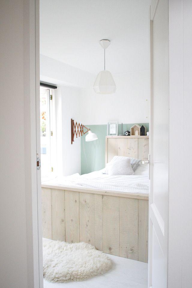 25 beste idee n over scandinavische slaapkamer op pinterest slaapkamers slaapkameridee n en - Grijze hoofdslaapkamer ...