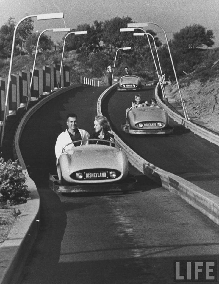 Driving on Autopia in October 1958. Picture by Ralph Crane ...