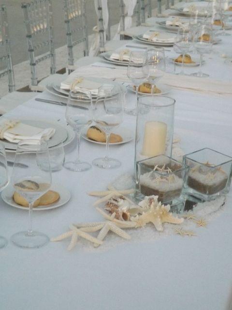 Stelle marine e candele per un sobrio matrimonio in tema #mare #circeo